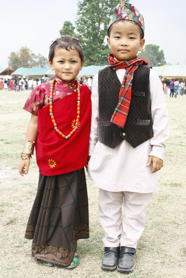 03 Children in traditional dress in Nepal