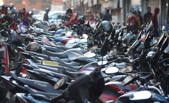 04 Unmanaged Motorcycle Parking in New Road Kathmandu