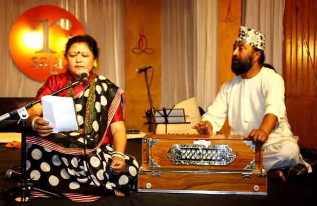 02 Deji Baraili Nepali singer from Darjeeling India