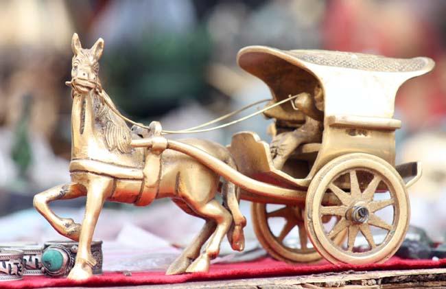 Golden-Carts-1