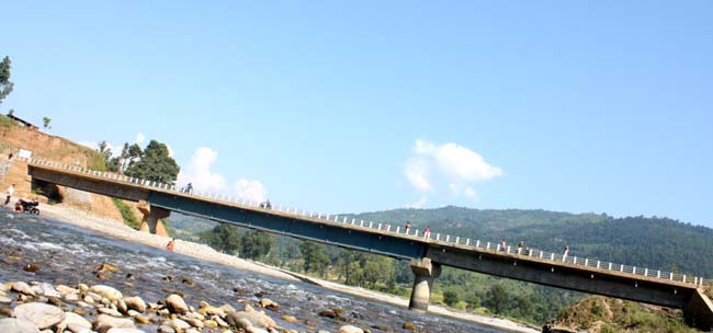 02 Daraundi Bridge in Gorkha