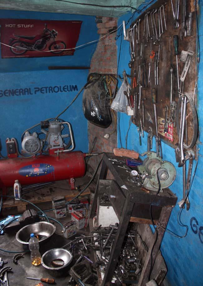 05 Motorbike workshop in Kathmandu