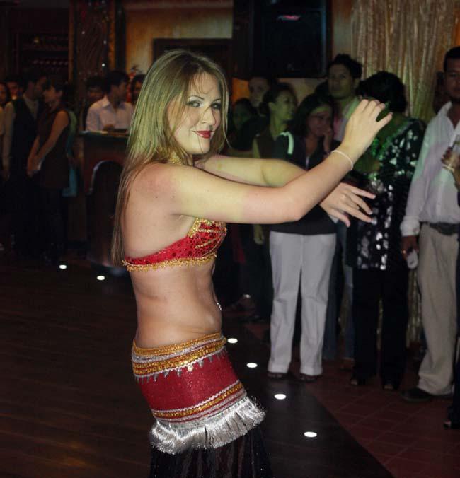 06 Belly dance by Russian lady dancers in Nepal