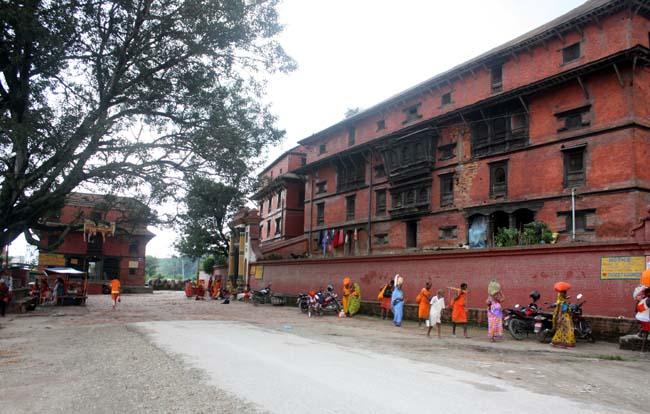 01 Guhyeshwari Temple Near Pashupati Nath Kathmandu Nepal_Hindu Religious Places