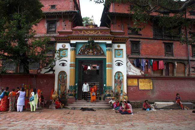 04 Guhyeshwari Temple Near Pashupati Nath Kathmandu Nepal_Hindu Religious Places_Main Entrance