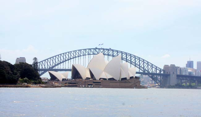 02 Sydney Harbour Bridge Australia Opposite to Sydney Opera House