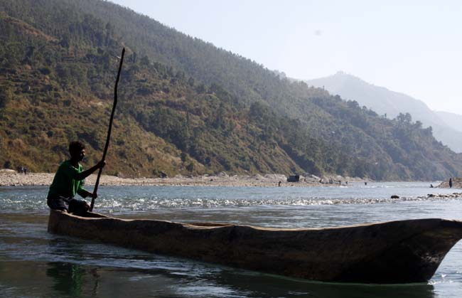 03 Boating in Indrawati Nepal_water recreation