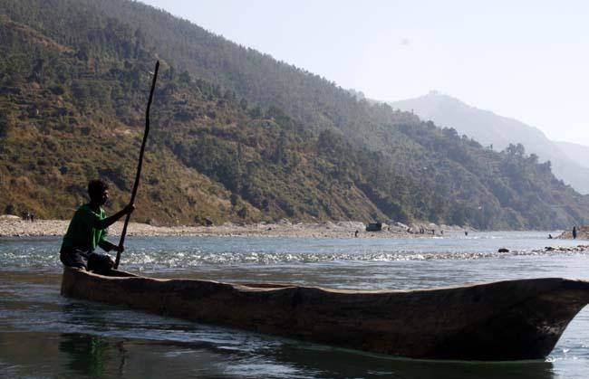 03 Boating in Indrawati Nepal_water recreation