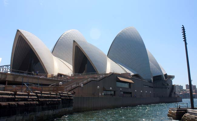 04 Sydney Opera House multi-venue performing arts centre in Sydney, New South Wales, Australia