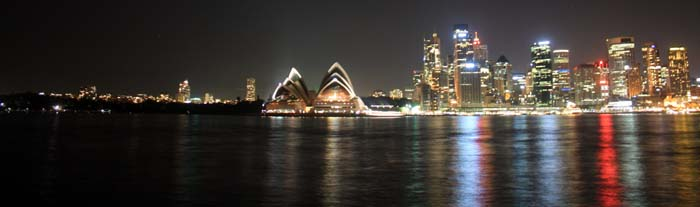 01 Opera House in Evening Sydney Australia