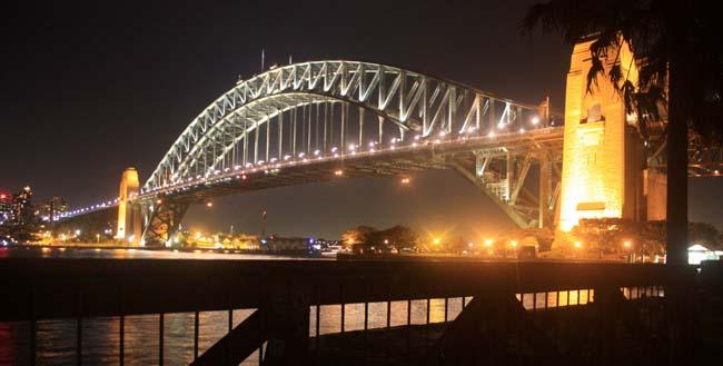 04 Sydney Harbour Bridge Australia in evening
