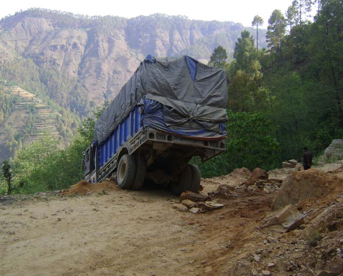 02 Rapti Highway near Rukum Poor highway