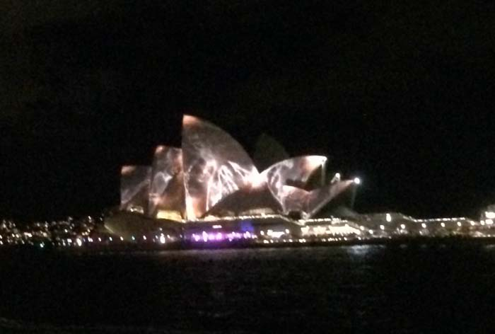 04 Opera House in different color during vivid light festival 2014 in Sydney Australia